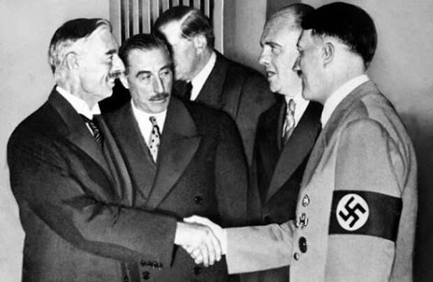 Позор семьи Фордов, или Почему Адольф Гитлер наградил автомагната «Железным крестом»