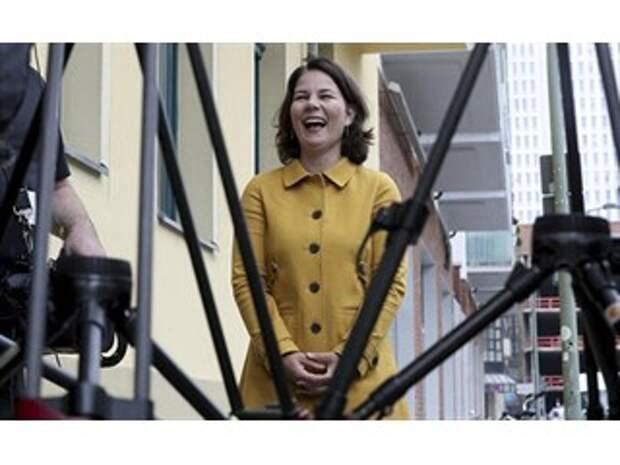 The Wall Street Journal (США): приближаясь к власти, «Зеленые» Германии ужесточают позицию по отношению к России и Китаю
