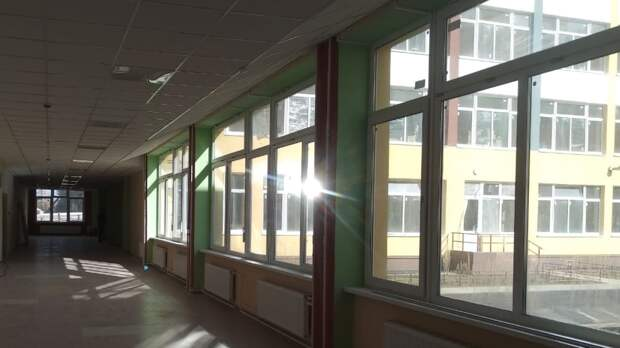 В Казани наградят пострадавшую при стрельбе сотрудницу школы