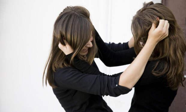 На Кубани две школьницы избили одноклассницу