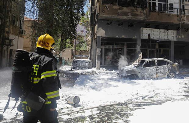 Военное крыло ХАМАСа обстреляло Тель-Авив, а Израиль разрушил дом замглавы политбюро движения