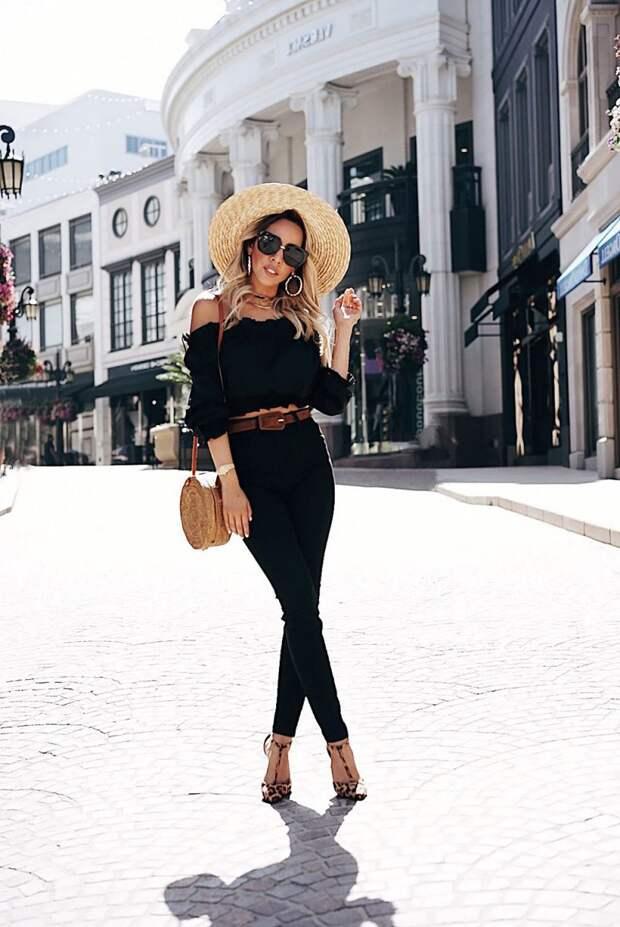 С чем модно сочетать черные джинсы