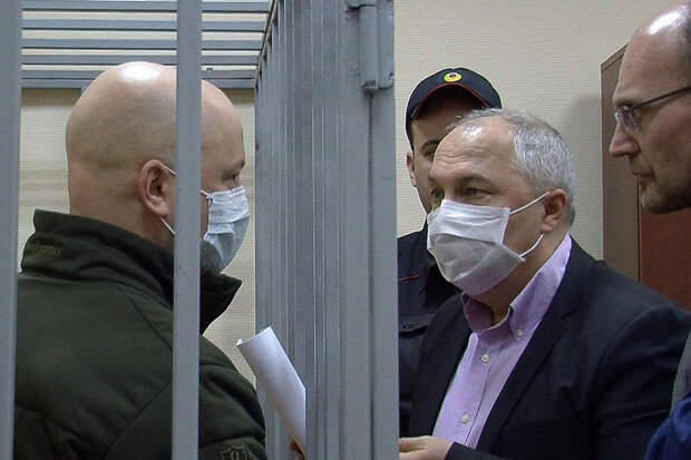 МВД подало иск кгенералу из-за поношенной куртки
