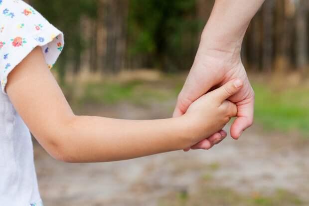 Сына воспитала не для себя, за шесть лет лишь раз ему позвонила