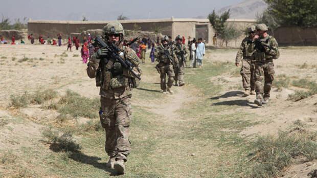 МИД Китая подверг критике поспешный вывод войск США из Афганистана