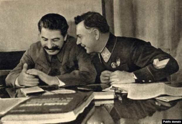 Сталин и Ворошилов, 1935 год