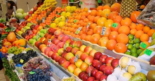 4 простых совета, как правильно выбирать фрукты и овощи на рынке