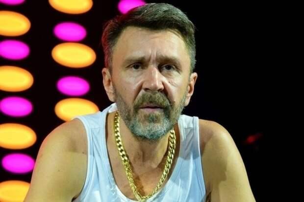 Сергей Шнуров срочно покинул Петербургский международный экономический форум из-за родов жены