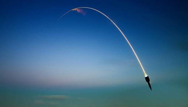 Президент РФ запускает баллистические ракеты, Евросоюз в шоке
