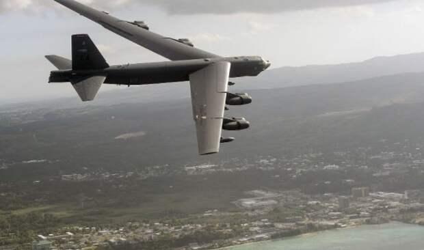 США объяснили бомбардировщики над Украиной сдерживанием России
