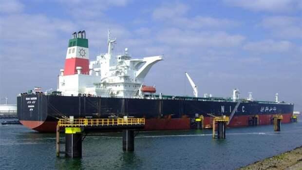 Первый танкер сиранским топливом прибыл вВенесуэлу