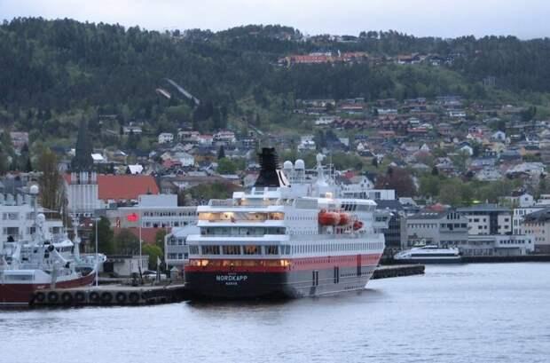 Из записок путешественника: Норвегия, вечерний Мольде