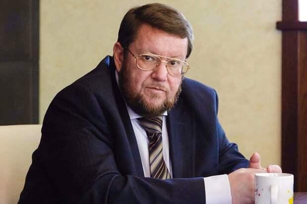 Сатановский считает, что в России нужны перемены, но их некому проводить