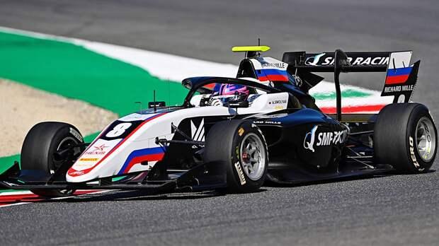Россиянин Смоляр выиграл первую гонку нового сезона Формулы-3