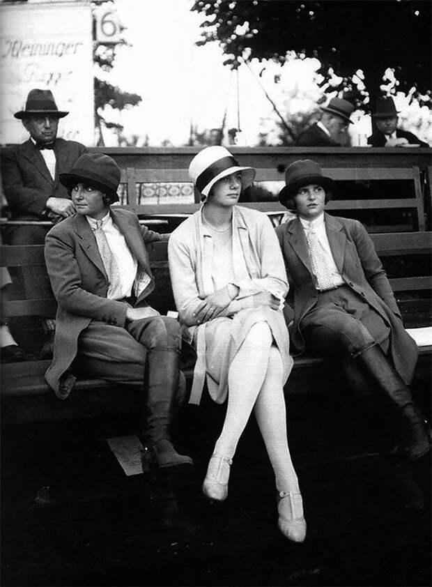 Берлин, 1928 год Стиль, винтаж, двадцатые, женщина, мода, прошлое, улица, фотография