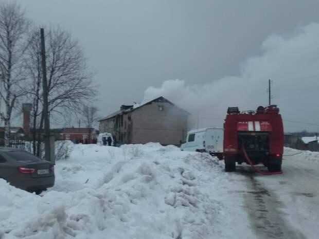 В Удмуртии при пожаре погиб ребёнок и пострадали 7 человек