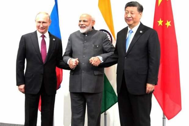 Японская пресса: между Россией и другими странами ШОС нужно «вбить клин»