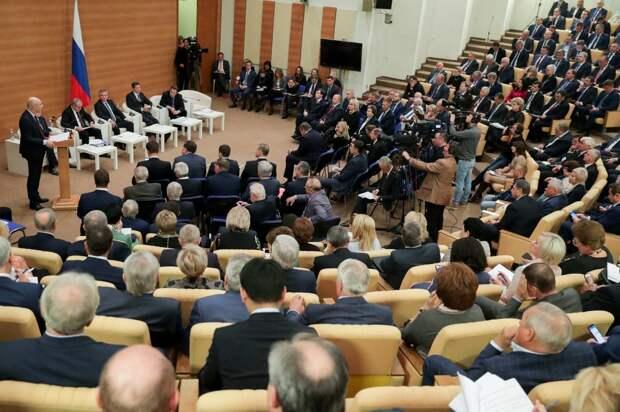 О будущем российских депутатов: Пообещал — не выполнил — присел