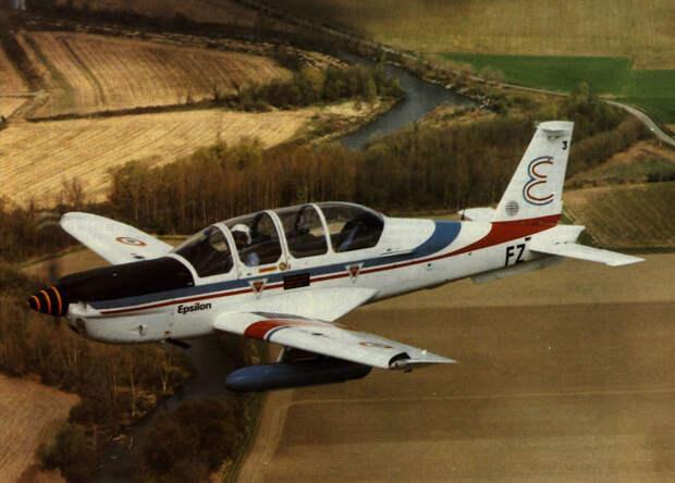 Картинки по запросу самолет TB.30В Epsilon 1979 22 декабря