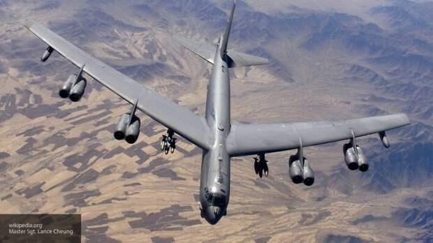 Бомбардировщики США при поддержке ВВС Украины подлетели к Крыму