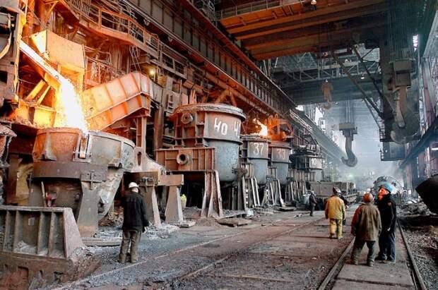 ММК за 9 месяцев сократил объем выплавки чугуна на 7,9%, выпуск стали - на 12%