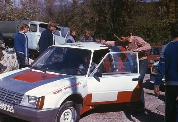К слову, раллийный болид ЗАЗ-1102 ERF-Mobile делали не на заводе, а в Эстонии! авто, автомобили, автоспорт, гоночный автомобиль, заз, ралли, раллийный автомобиль, таврия