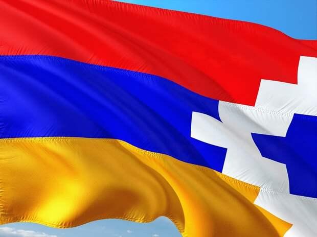 Прекратить войну из-за Нагорного Карабаха договорились Армения и Азербайджан