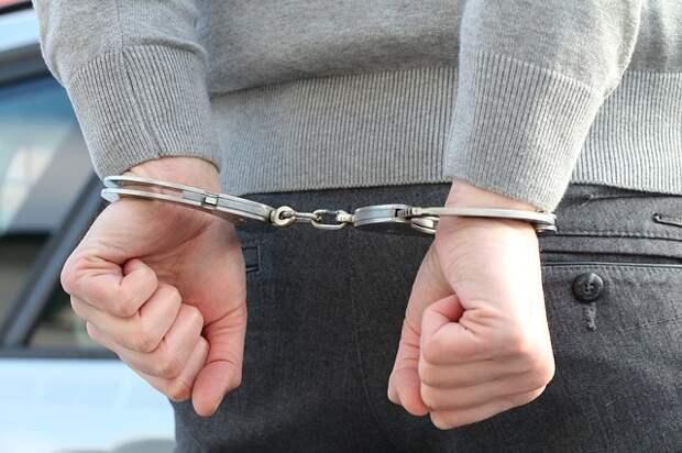 На Дмитровке задержали двоих подозреваемых в краже