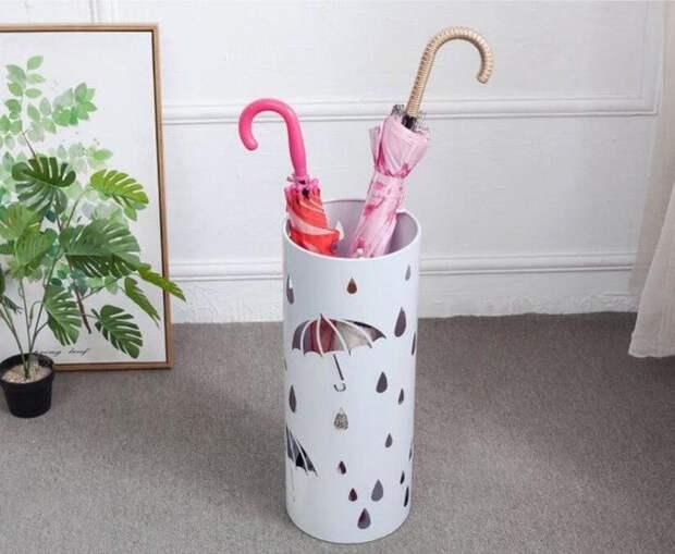 Подставка для зонтов из того, что под рукой