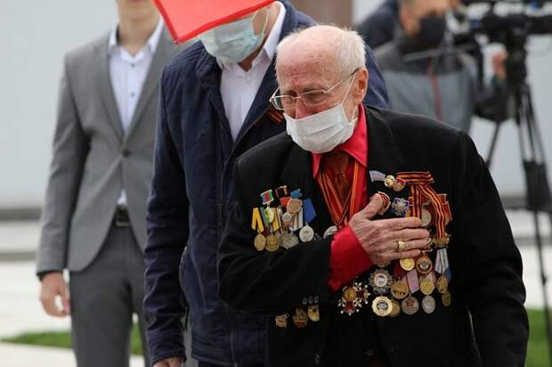В Госдуме подготовили поправки о наказании за оскорбление ветеранов