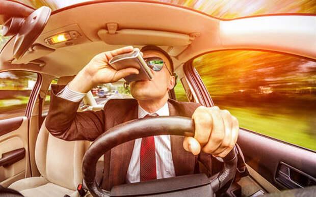 Водителям не дадут выпить после аварии: МВД ужесточит наказание