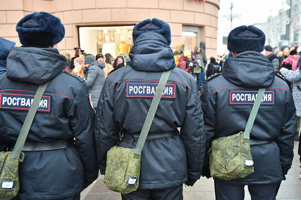 Путин обязал росгвардейцев представляться гражданам