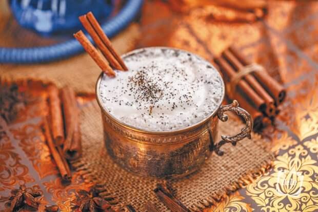 Пьющие люди. 8 рецептов вкусных напитков