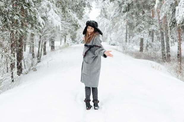 Как выбрать стильное женское пальто: тренды осень-зима 2021-2022