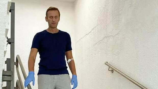 """""""Цирку конец. Но это сработало"""": французов удивило выздоровление Навального"""