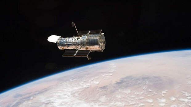 Космический телескоп «Хаббл» полностью возобновил работу после месяца простоя: получены первые снимки