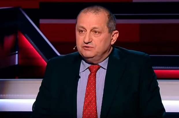 Кедми: с клоуном Зеленским Россия будет разговаривать так же, как и с шутом Макроном