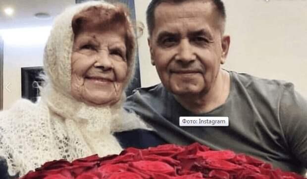 Фото 90-летней мамы Николая Расторгуева поразило сеть