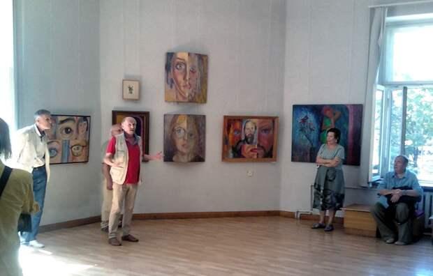 В Доме Художника открылась выставка Анатолия Швеца