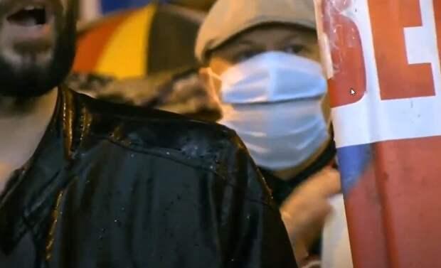 На митинге в Хабаровске вычислили еще двоих провокаторов