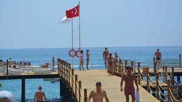 Турция ожидает рост банкротств в туристической отрасли после закрытия границы с РФ
