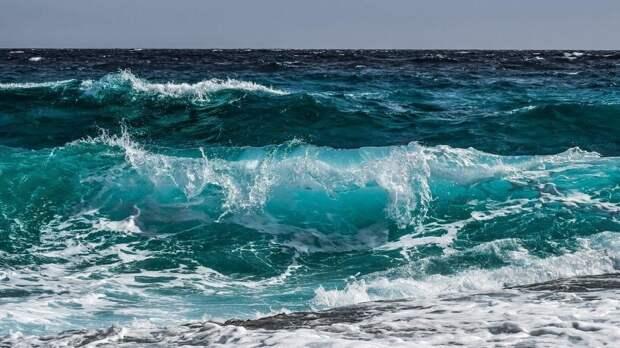 Вопрос на... засолку: почему вода в океане солёная?
