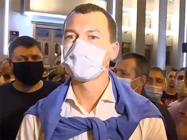 Михаил Дегтярев в маске(2020) Фото: t.me/bazabazon