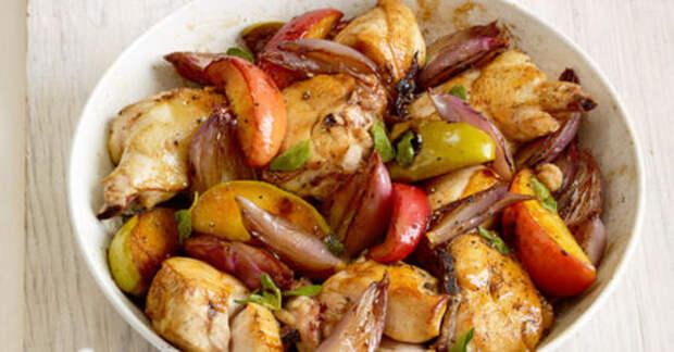 Рецепт запеченного куриного филе с яблоками
