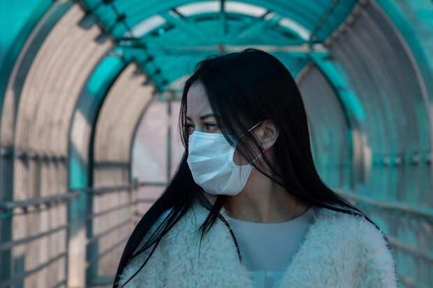 Севастопольцев снова обязали носить маски