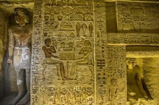 Египтологам еще предстоит расшифровать многочисленные иероглифы, которыми расписаны стены усыпальницы 4400 лет, Египт, в мире, гробница, наука, находка