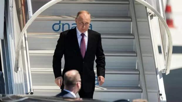 """После Байдена, """"на поговорить"""" с Путиным, предполагается очередь. Запись желающих открыта. Вход платный"""