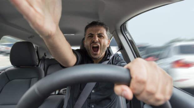 Проблемы с автомобилем, на которые укажет внезапно появившийся запах гари