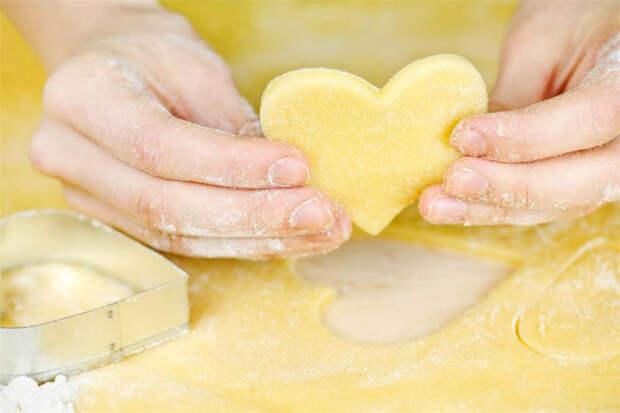 Как приготовить быстрое песочное тесто для печенья и пирогов: любимая выпечка вкусна как никогда