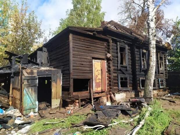 Итоги дня: замминистра здравоохранения Удмуртии и трое погибших при пожарах в Ижевске